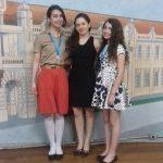 Nara e suas filhas