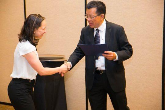Professora da UFPR é a primeira mulher a coordenar comitê internacional da Internet