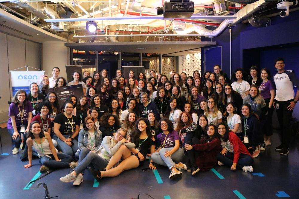 As mulheres por trás do Shehacks: um hackathon para mulheres universitárias